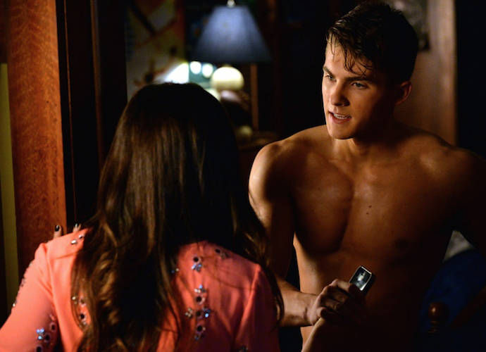 'Pretty Little Liars' Recap: Mike Crosses Over To The Dark Side, Steals Blood For 'A'