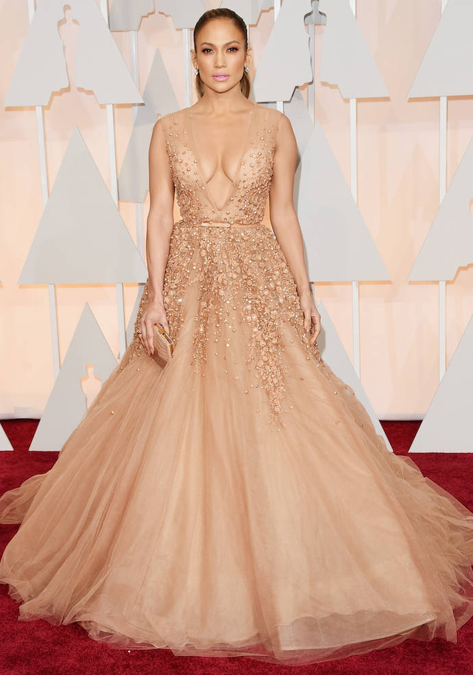 Get The Best Makeup Looks Inspired By Celebs: Get The Look: Jennifer Lopez 2015 Elie Saab Oscars Dress