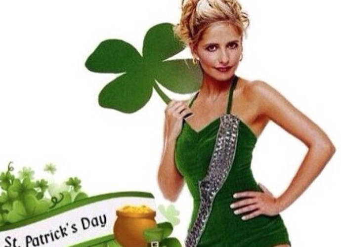 Sarah Michelle Gellar And More Celebs Celebrate St Patrick's Day On Twitter