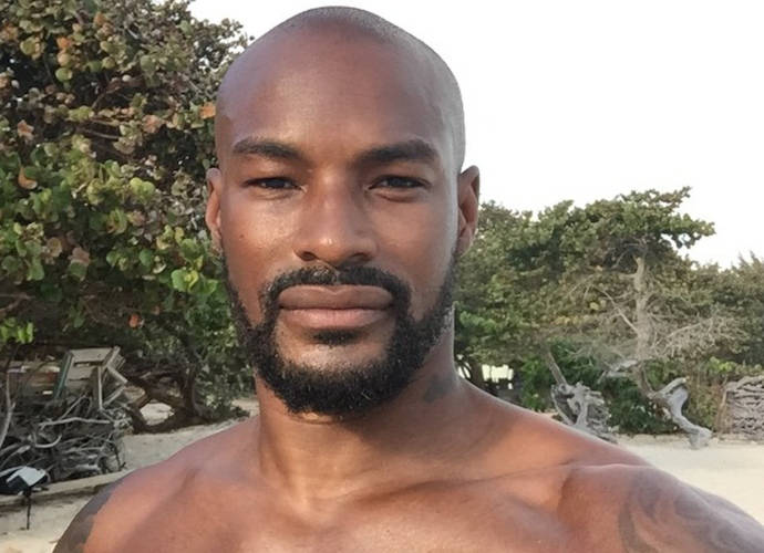 Tyson Beckford Posts Racy Selfie With Xl Bulge On