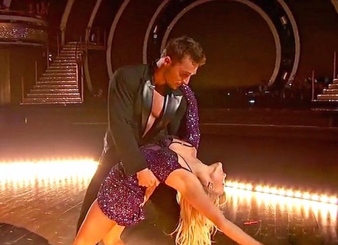'Dancing With The Stars' Recap: Robert Herjavec & Chris Soules Eliminated