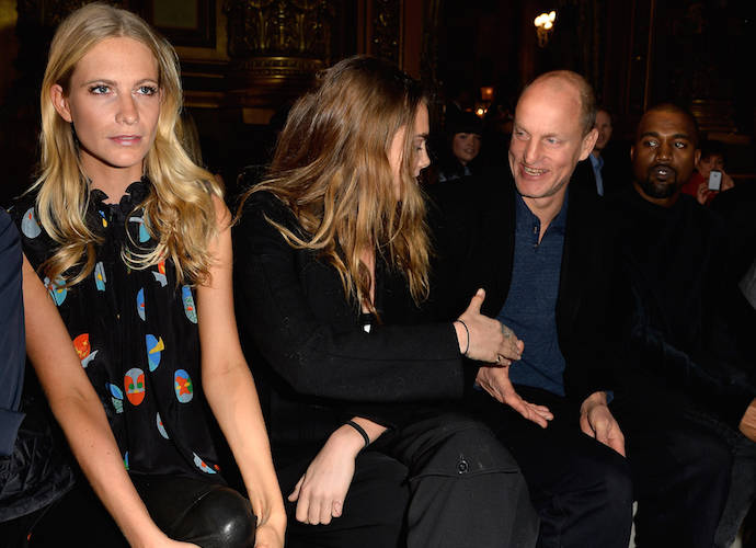 Cara Delevingne Shakes Hands With Woody Harrelson At Stella McCartney's PFW Show With Poppy Delevingne & Kanye West