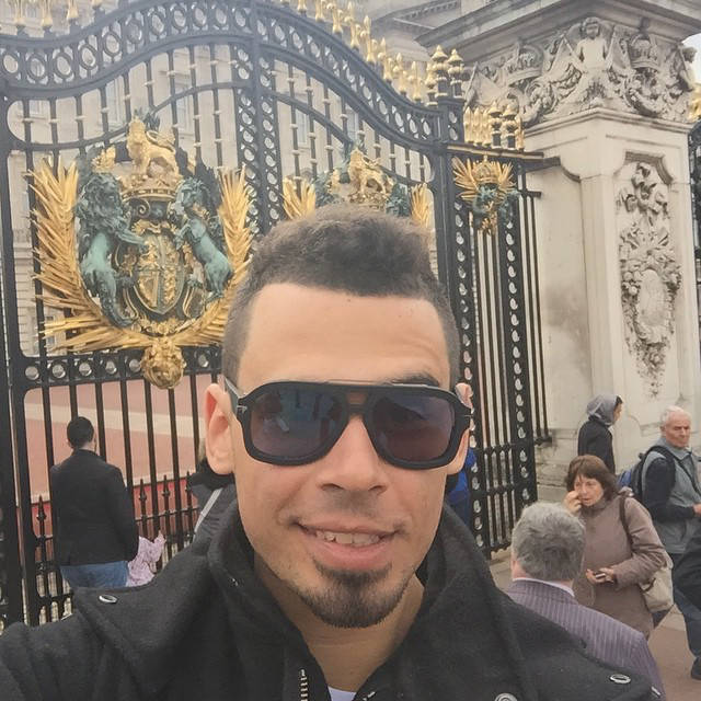AfroJack Goes Site Seeing In London