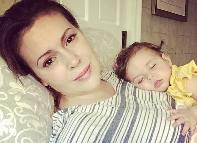 Alyssa Milano Slams Heathrow Airport For Throwing Away Her Pumped Breast Milk