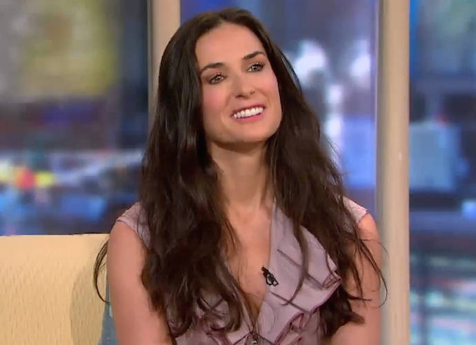 Demi Moore Tells Jimmy Fallon She Lost Her Tooth Due To Stress [VIDEO]