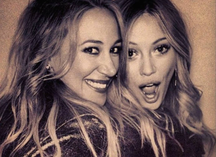 Hilary Duff, Rumer Willis, Mario Lopez And More Celebrate National Siblings Day