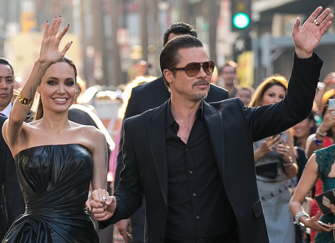 Angelina Jolie & Brad Pitt Pause Their Divorce Proceedings