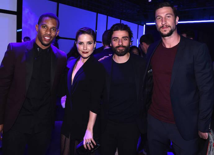 Victor Cruz, Sophia Bush, Oscar Isaac & Pablo Schreiber Attend Samsung Galaxy S6 Launch