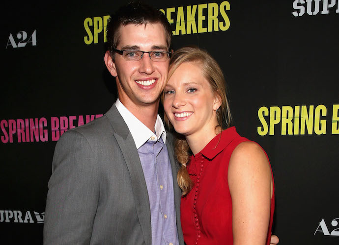 'Glee's Heather Morris Marries High School Sweetheart Taylor Hubbell