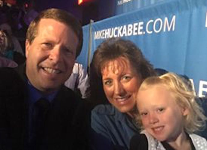 Jim Bob & Michelle Duggar To Discuss Son Josh Duggar's Molestation Scandal On Fox News