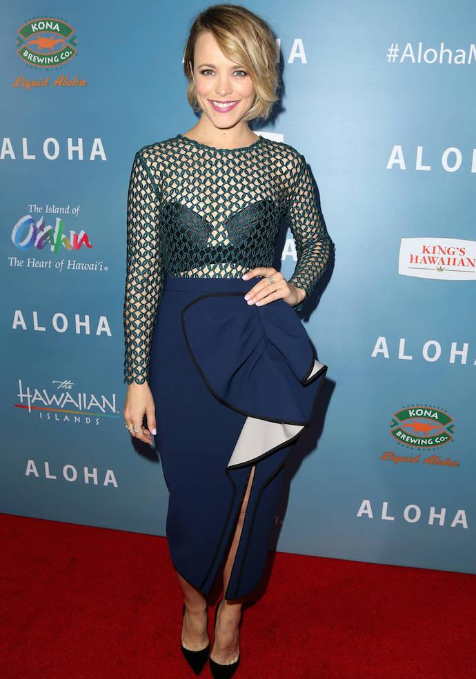 Rachel McAdams Wins The 'Aloha' Red Carpet In Bold Ensemble
