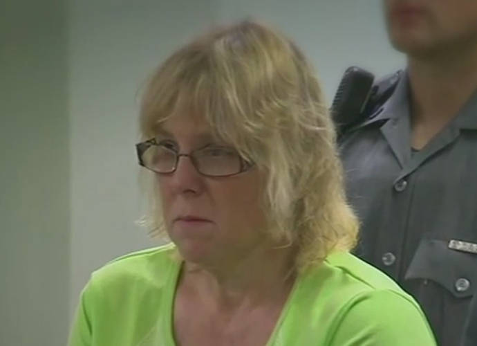 Joyce Mitchell Sentenced: Prison Seamstress Cries Upon Learning She's Going To Jail For Aiding Escapees