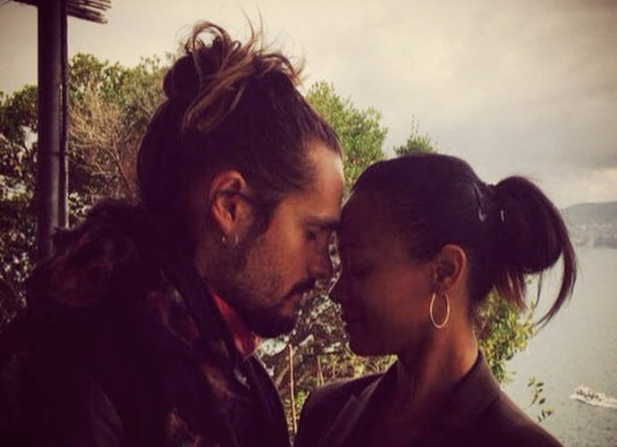 """Zoe Saldana Defends Her Husband's Decision To Take Her Last Name, Challenges Men To """"Redefine Masculinity"""""""