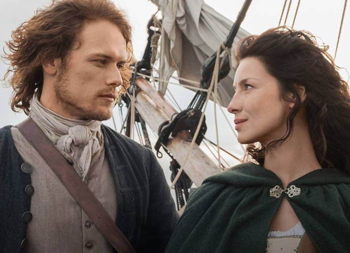 'Outlander' Season 3 Premiere Recap: Claire Unhappy In 1940s, While Jamie Survives Battle