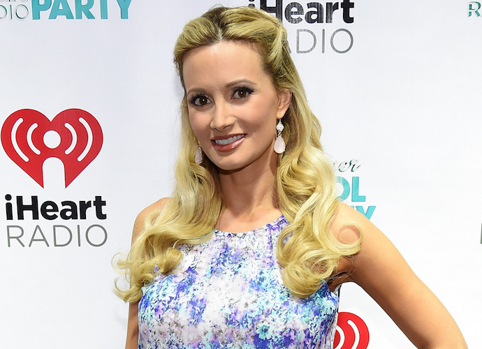 Holly Madison Says Hugh Hefner Offered Her Quaalude In Tell-All Memoir