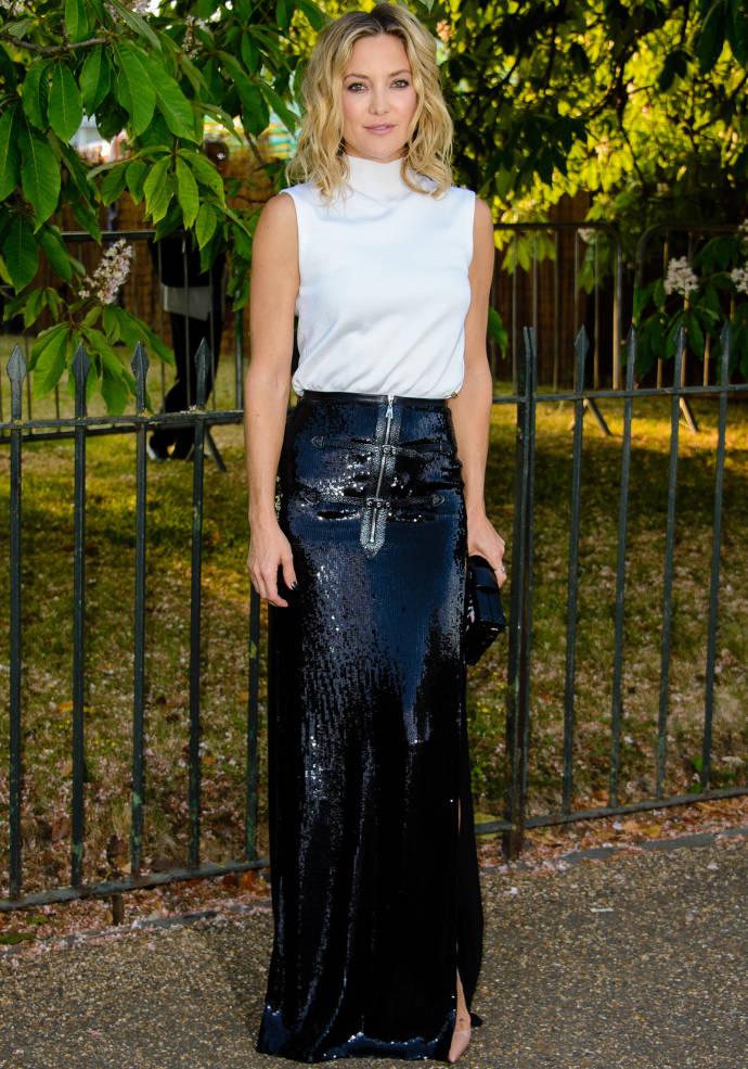 Get The Look: Kate Hudson's Daring High-Slit Skirt Combo