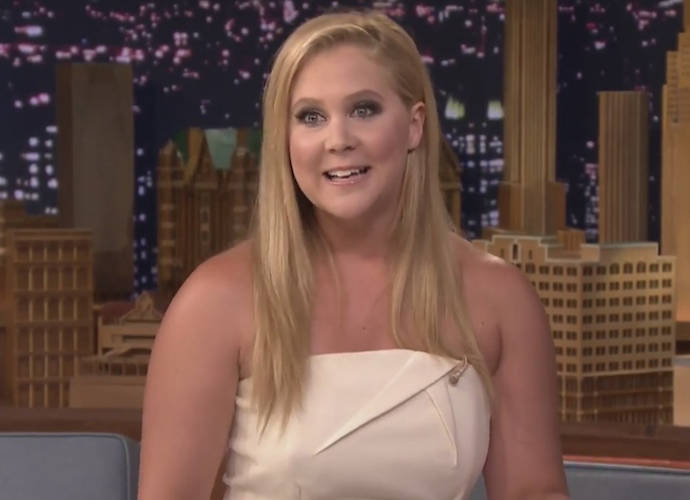 Amy Schumer's Hilarious Acceptance Speech At The Glamour Awards 2015
