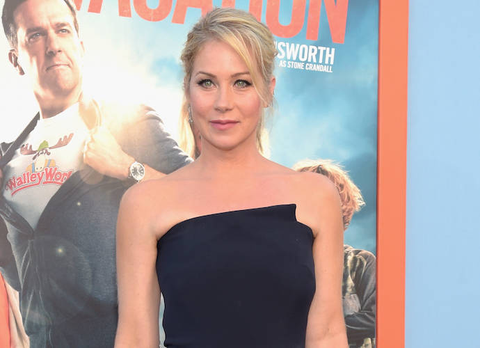 Christina Applegate Calls Turning Down 'Legally Blonde' Role A 'Stupid Move'