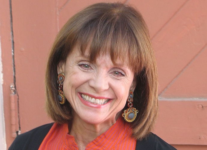 Valerie Harper Reportedly In A Coma, Transferred To Larger Hospital