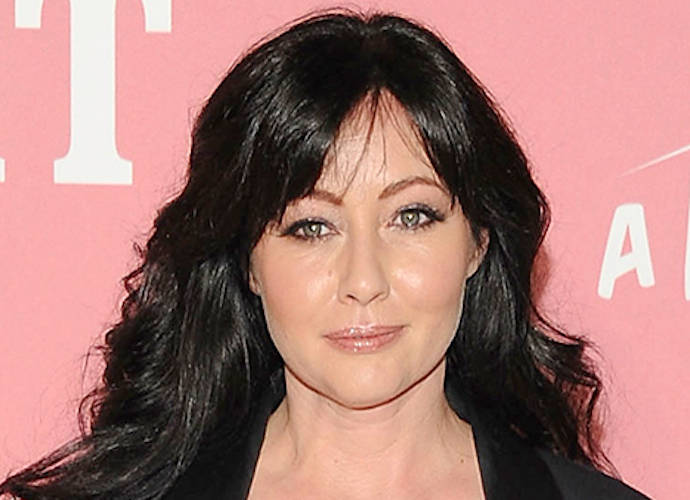 Shannen doherty breasts