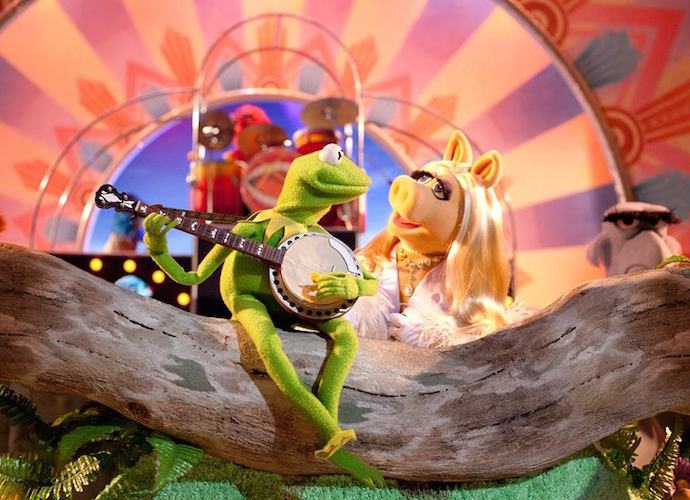 Miss Piggy And Kermit The Frog Announce Split Ahead Of 'The Muppets' Premiere