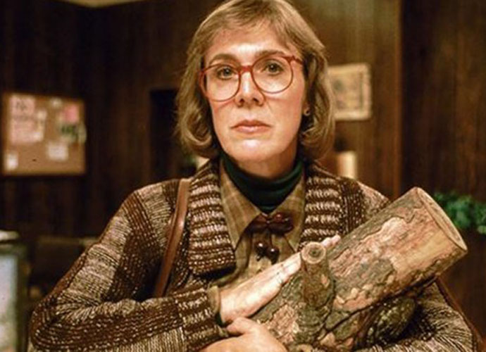 Catherine Coulson, 'Twin Peaks' Log Lady, Dies At 71