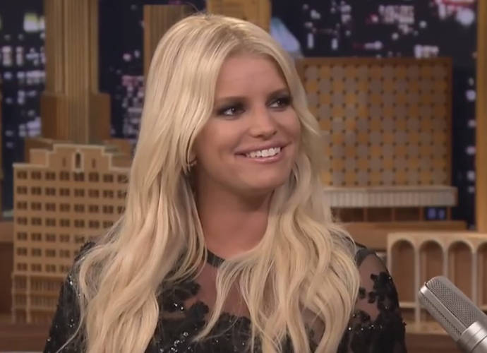 Jessica Simpson's Strange Appearance On HSN Goes Viral; Was Simpson Drunk On Live TV?
