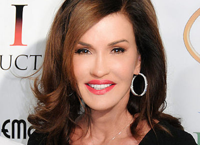 Model Janice Dickinson Tells Jury That Bill Cosby Of Raped Her 36 Years Ago