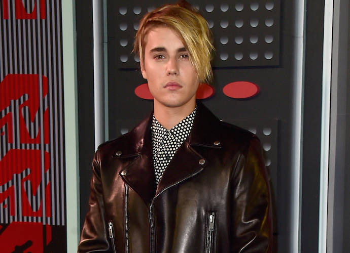 Justin Bieber's MTV VMA Hairstyle Draws Comparisons To Kate Gosselin