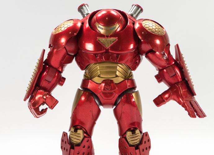 Iron Man Hulkbuster Costume By Cosplayer Thomas DePetrillo Wins $1,500 At New York Comic Con