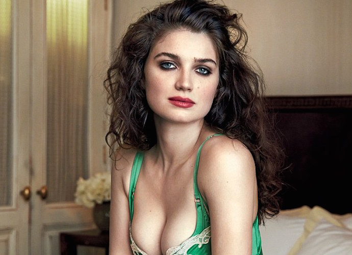 Eve Hewson, Bono's Actress Daughter, Poses For 'GQ'