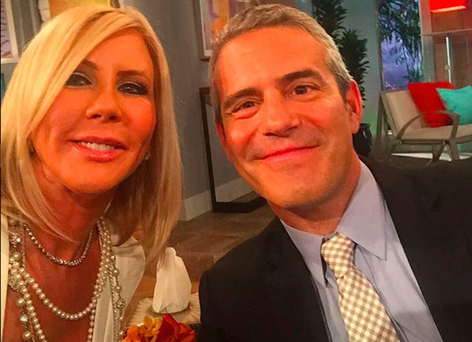 Bravo's Andy Cohen Makes Bill Cosby Joke On 'New Year's Eve Game Night'