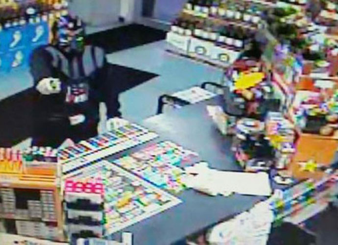 Convenience Store Clerk Fights Off Robber Dressed As Darth Vader