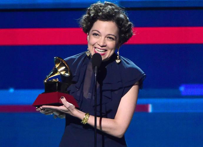 Latin Grammys 2015 Recap: Natalia Lafourcade, Juan Luis Guerra 4.40 Win Big