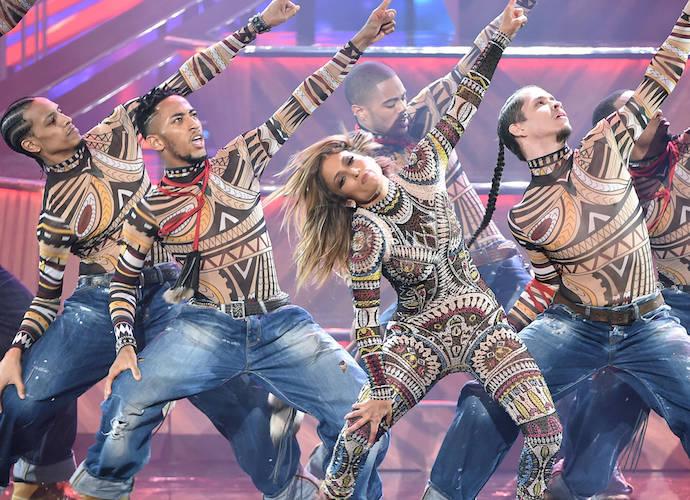 Jennifer Lopez's Backup Dancer Suffers Wardrobe Malfunction During American Music Awards
