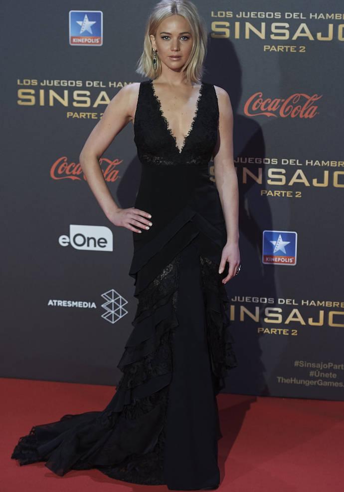 Jennifer Lawrence Stuns At 'Hunger Games: Mockingjay – Part 2' Premiere In Madrid