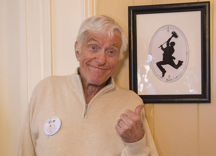 Dick Van Dyke Celebrates 90th Birthday With Flash Mob, Sings 'Let's Go Fly A Kite'