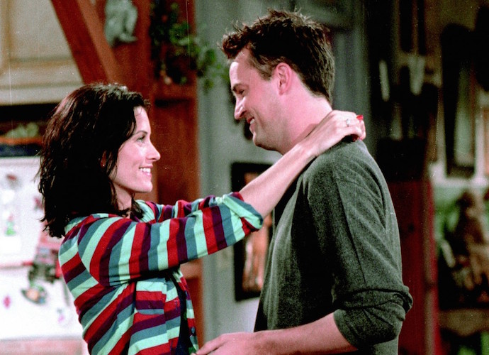 Courteney Cox Rumored To Be Dating 'Friends' Costar Matthew Perry After Johnny McDaid SPlit