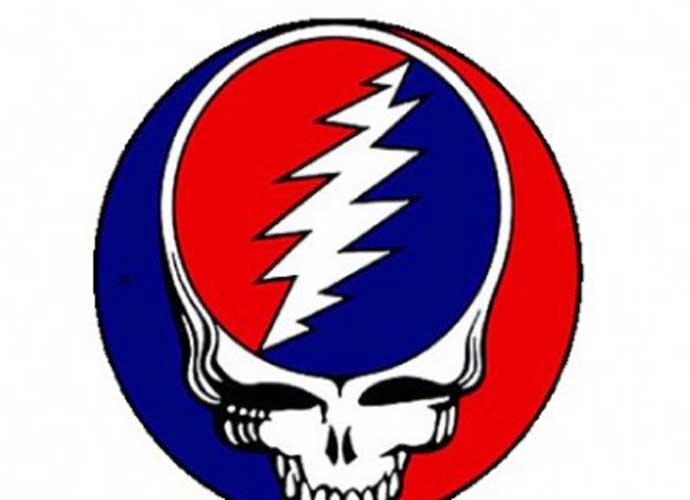 Fan Dies After Falling From Balcony At Dead & Company Concert