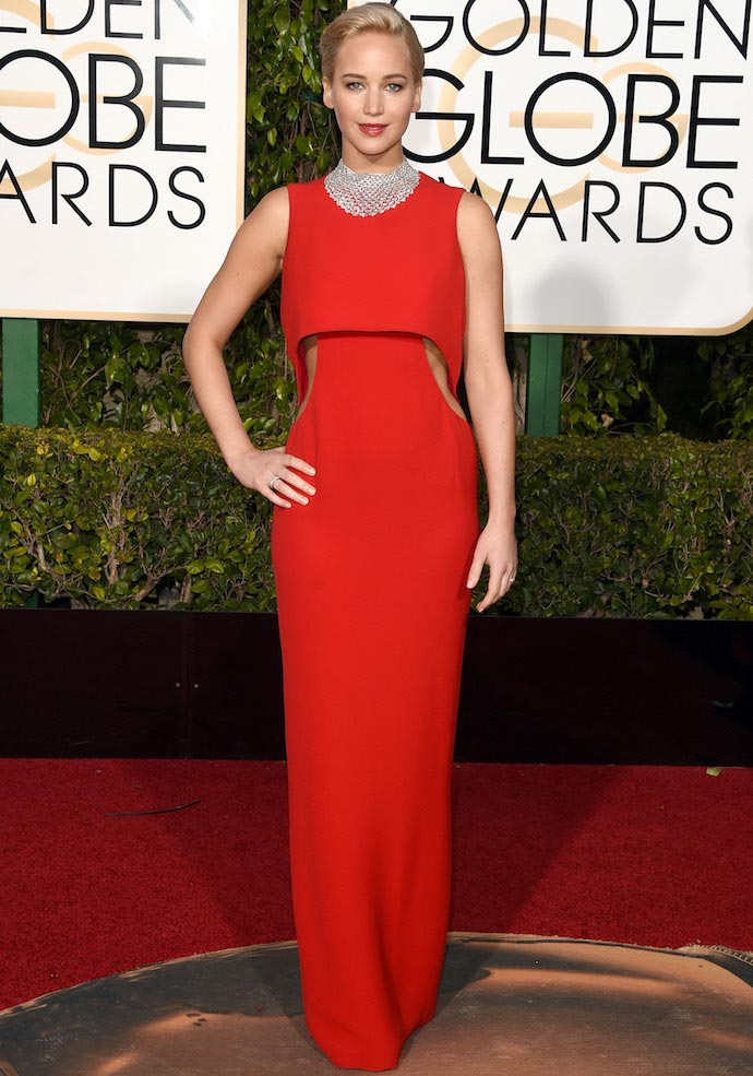 Jennifer Lawrence Calls Out Reporter For Using His Cell Phone At Golden Globes 2016