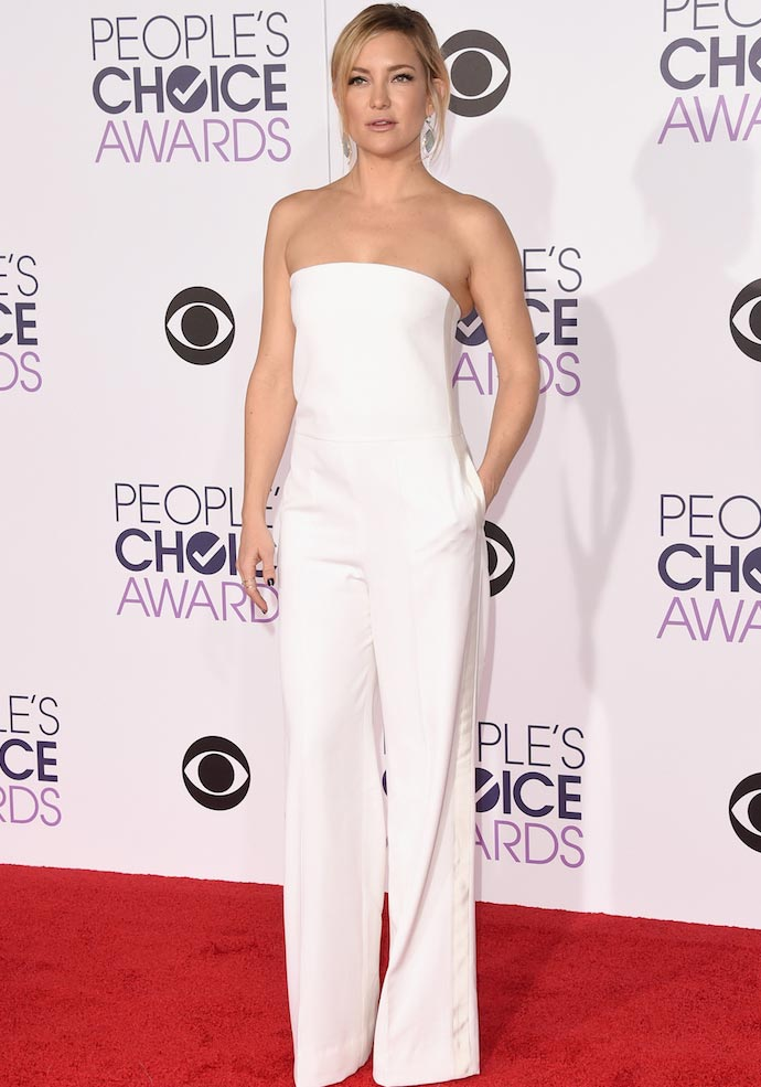 Kate Hudson Owned The People's Choice Awards Red Carpet In White