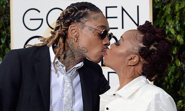 Golden Globes 2016: Wiz Khalifa Kisses Mom On Lips On Golden Globe Red Carpet