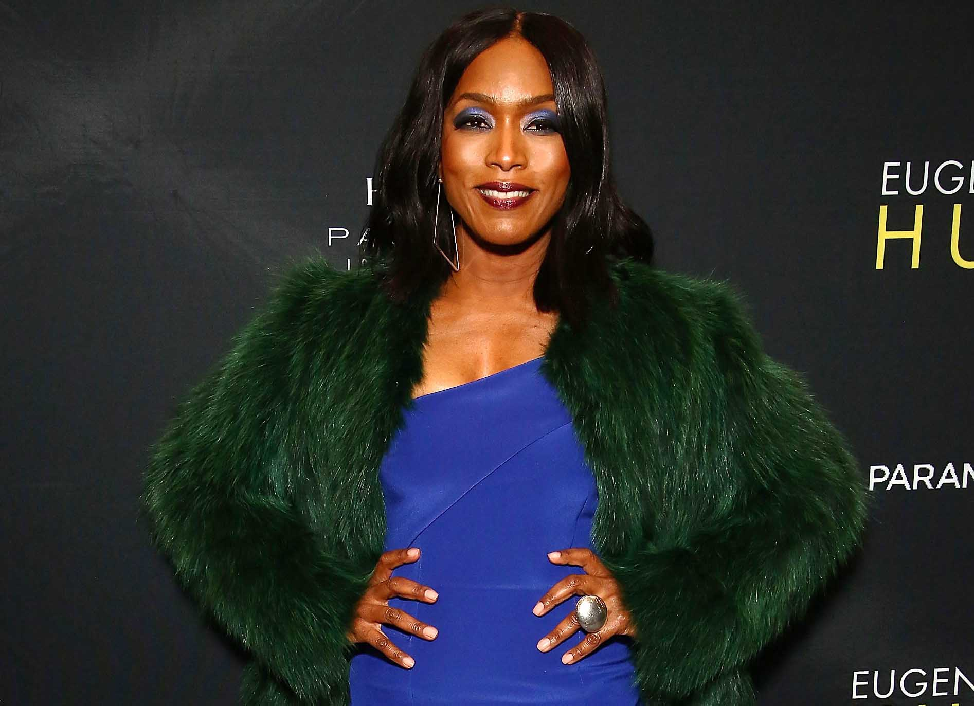 Oscars 2016: Black History Month Minute With Angela Bassett Pokes Fun At Oscar Nominations
