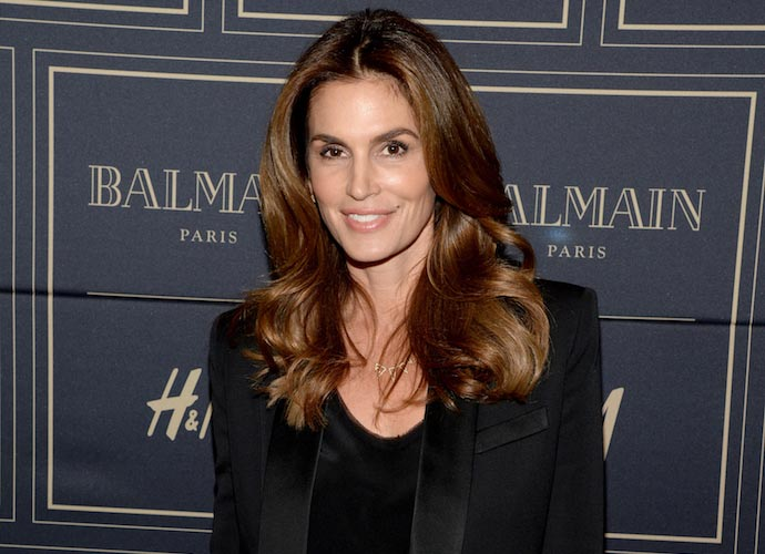 Cindy Crawford Reprising Role In Pepsi Super Bowl Ad Alongside Son Presley Gerber