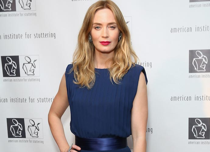Emily Blunt In Talks To Star In 'Mary Poppins' Sequel