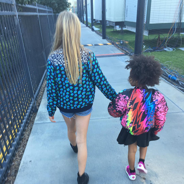 Blue Ivy Carter And Apple Martin Walk Hand In Hand At Super Bowl