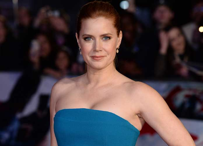 Amy Adams & Patricia Arquette Accept Award Together After Critics Choice Awards Tie