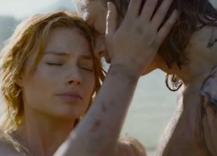 Margot Robbie Punched Alexander Skarsgard In Tarzan Sex -1275