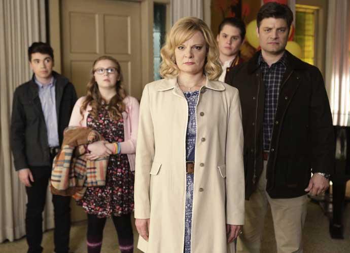 'The Real O'Neals' Pilot Recap: A Perfect Family Spills Its Darkest Secrets