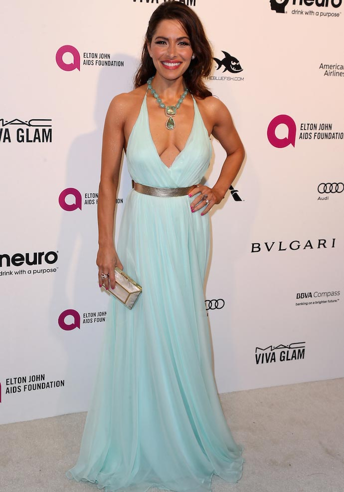 Sarah Shahi Wears Mint Dress To Elton John Party - Uinterview-2059